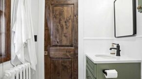 Closet door details done by Complete Home Care, a bathroom remodeling company in Boca Raton, FL.