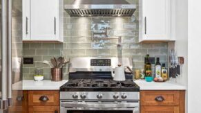 New stove and kitchen remodeling in Boca Raton FL by Complete Home Care.